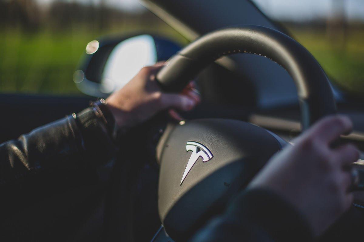 Tesla stuur